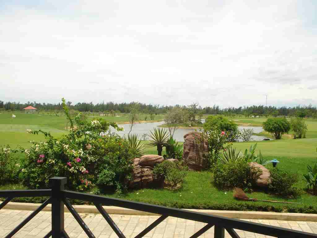 ... itself cua lo golf resort photo cua lo golf resort photo gallery